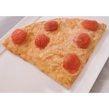 ヴィーガンチーズのトマトピザ